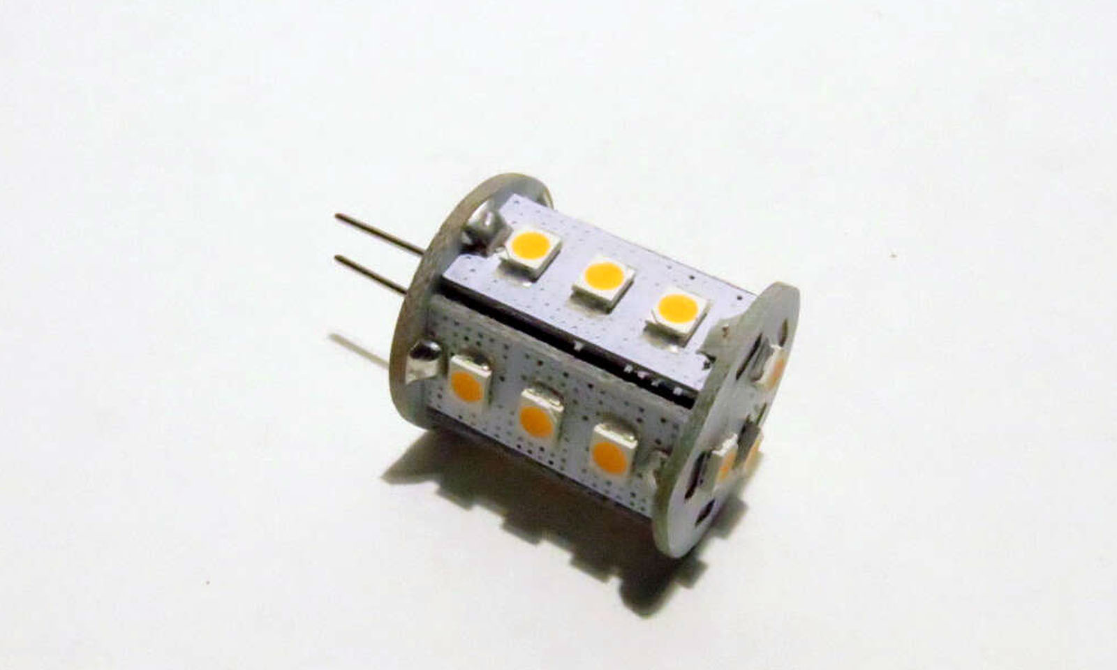 Stiftsockel G4V 18 LED SMD 2828 10-30V warmweiß
