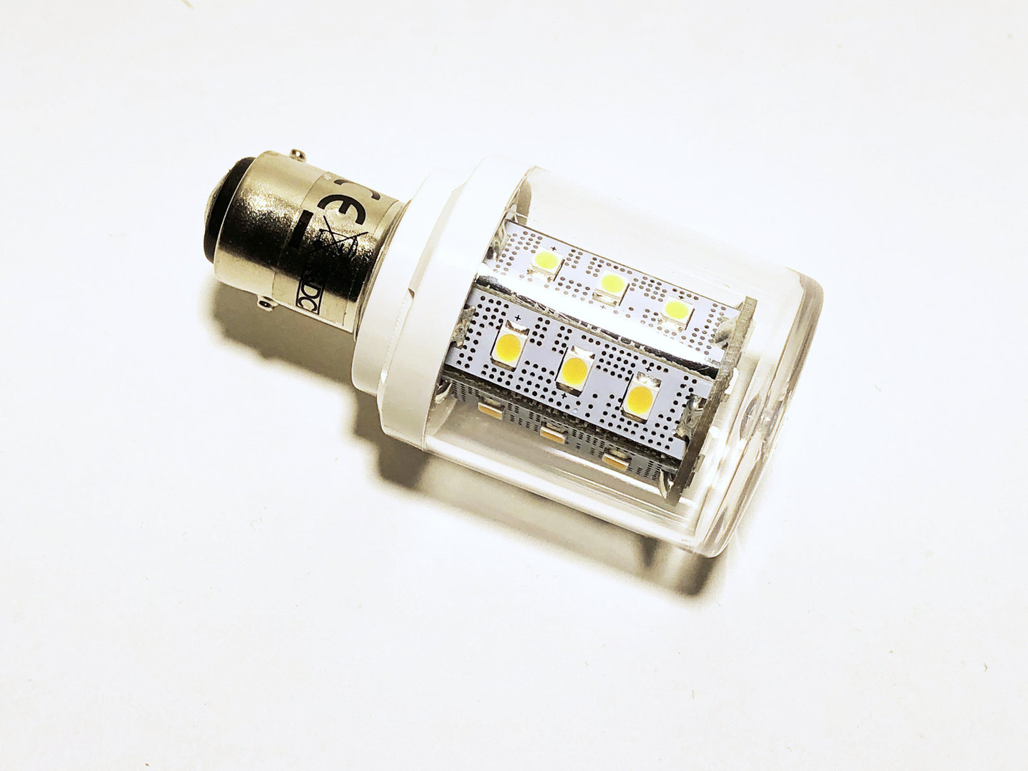 BAY15d 24 LED SMD 10-30V warmweiß